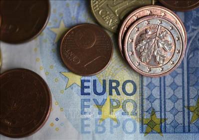 Lạm phát của Eurozone ở mức âm trong tháng thứ 5 liên tiếp