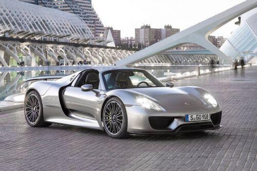 Top 10 xe hơi nhanh nhất thập kỷ: Porsche áp đảo