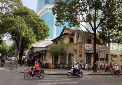 """Chiêu thức tinh vi """"biến"""" 6.300m2 đất vàng giữa Sài Gòn vào tay tư nhân"""