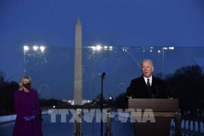 Tổng thống đắc cử Joe Biden chủ trì lễ tưởng niệm nạn nhân của dịch COVID-19