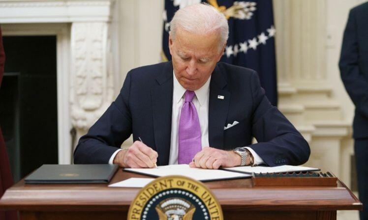 Ca nCoV toàn cầu vượt 98 triệu, Biden ký 10 sắc lệnh ngăn đại dịch