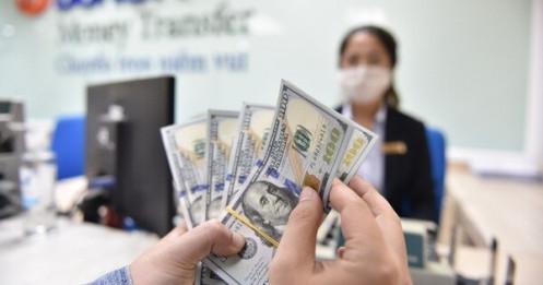 Vàng giảm, USD tự do liệu còn tăng tới bao nhiêu?