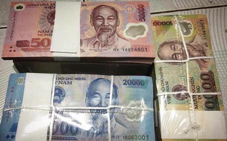 """Phí đổi tiền lẻ """"siêu đắt"""", chênh 500%, chi 6 triệu để nhận về 1 triệu"""