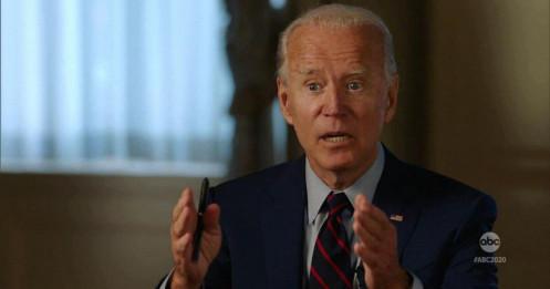 """Ông Biden từng bị bắt vì """"đi lạc"""" vào trong nhà quốc hội Mỹ"""