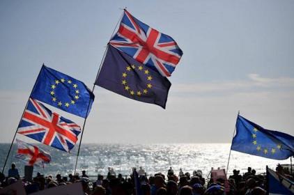 Anh đồng ý thêm thời gian để EU phê chuẩn thỏa thuận thương mại hậu Brexit