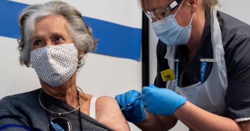 Vắc xin giúp giảm 80% nguy cơ biến chứng nặng do Covid-19