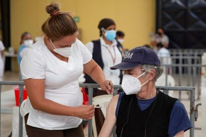 Nhiều nước châu Âu, Thái Lan tạm ngừng dùng vắc xin Covid-19 của AstraZeneca