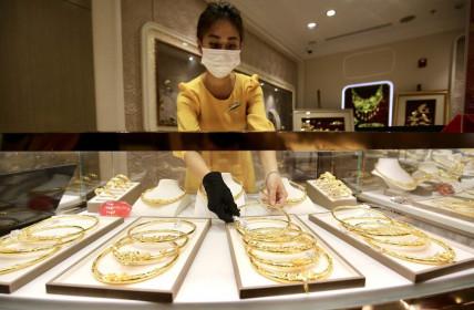 Đầu tuần, giá vàng đồng loạt tăng trở lại