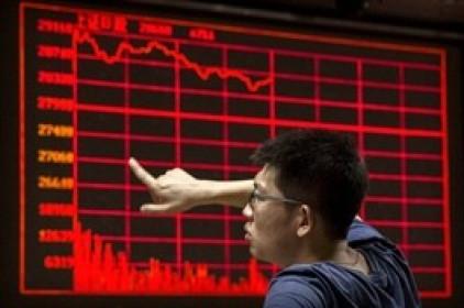Lỗ nặng vì chứng khoán, nhà đầu tư Trung Quốc bán vật gia truyền, nhẫn đính hôn để bù lỗ