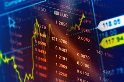 Cổ phiếu ngân hàng tiếp tục là tâm điểm của thị trường