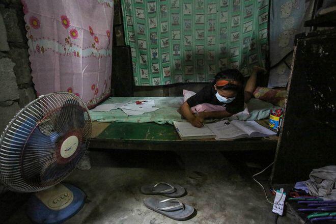 Trường học đóng cửa vì Covid-19, Philippines đối mặt 'khủng hoảng học tập'