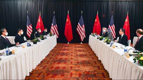 """Mỹ-Trung Quốc tiếp tục """"drama"""" trong đối thoại Alaska, Bắc Kinh cảnh báo đáp trả cứng rắn"""