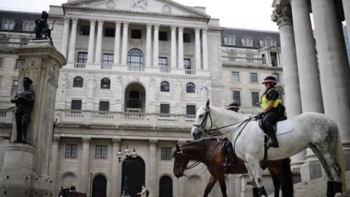 BoE giữ nguyên lãi suất, thể hiện quan điểm ôn hòa