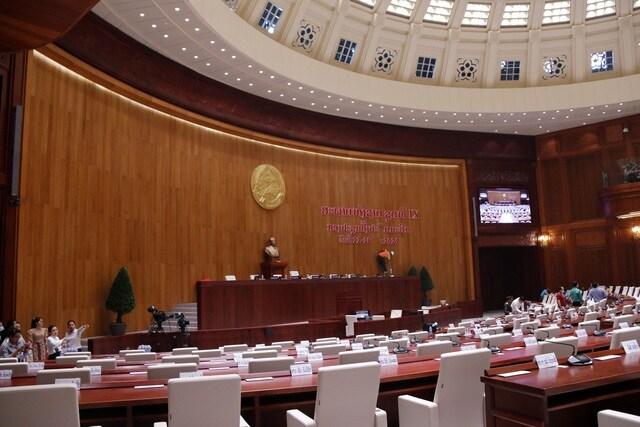 Việt Nam bàn giao dự án Nhà Quốc hội Lào: Cận cảnh công trình ra sao?