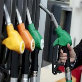 Giá xăng dầu hôm nay 25/3: Chưa thể phục hồi