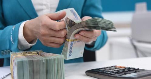 """Lãi suất thấp, tiền """"chảy"""" vào chứng khoán, BĐS: Lựa chọn của mỗi người dân"""