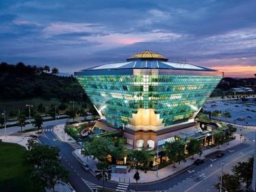 Tòa nhà kim cương siêu tiết kiệm năng lượng ở Malaysia