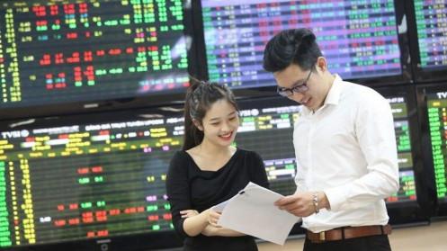 Người Việt có tiền nhàn rỗi, thị trường chứng khoán thêm cơ hội phát triển