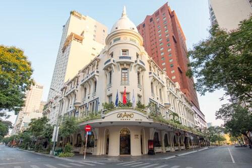 Khách sạn 4-5 sao trên cả nước đại hạ giá để kích thích nhu cầu đi du lịch, nghỉ dưỡng của người dân.