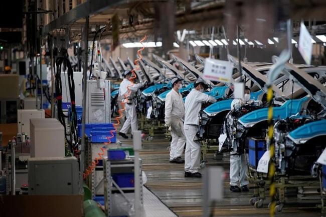 """Thống đốc NHNN Nguyễn Thị Hồng: """"Nắn dòng"""" tín dụng chảy vào sản xuất kinh doanh"""