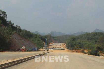 Kiến nghị gỡ vướng mắc dự án đường cao tốc Bắc - Nam qua Bình Thuận