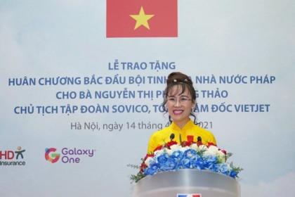 CEO Vietjet Nguyễn Thị Phương Thảo nhận Huân chương Bắc đẩu bội tinh của Nhà nước Pháp trao tặng