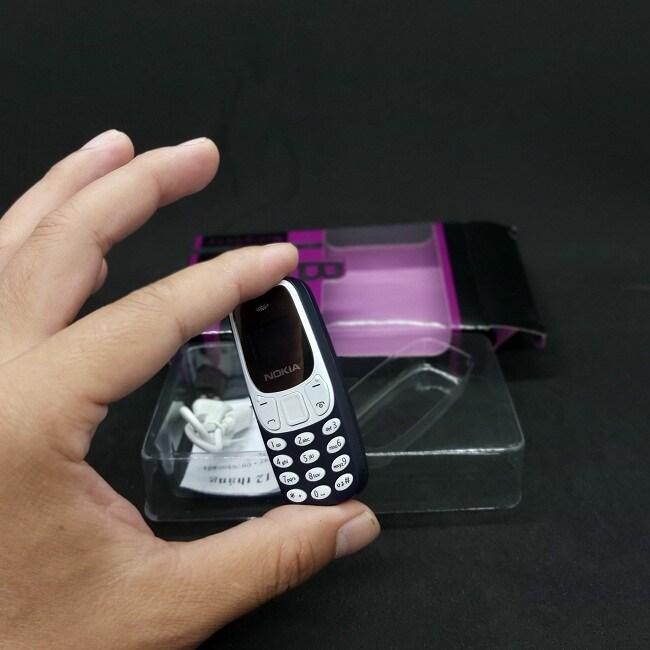 Điện thoại 2 sim nhỏ bằng chiếc bật lửa, giá chưa tới 200 nghìn hút khách mua