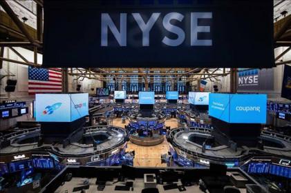 Chứng khoán Mỹ rực sắc xanh, chỉ số Dow Jones lần đầu vượt 34.000 điểm
