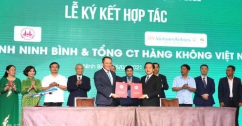Vietnam Airlines ký kết hợp tác toàn diện với tỉnh Ninh Bình