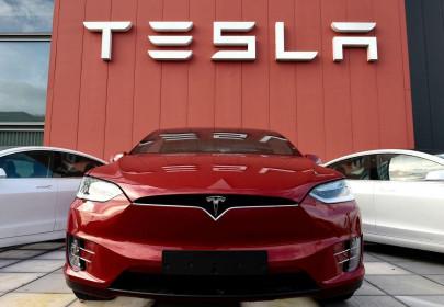 """Elon Musk nói về """"khó khăn nhất từ trước đến nay"""" của Tesla"""