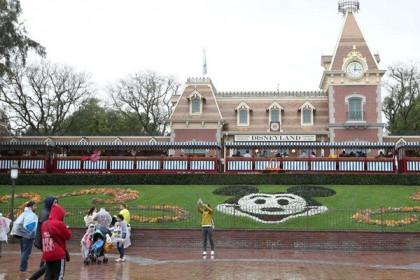 Công viên giải trí Disneyland tại California mở cửa trở lại