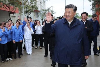 Ông Tập Cận Bình tuyên bố thế giới 'hỗn loạn' và Trung Quốc 'bất khả chiến bại'