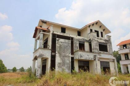 Đất tăng giá gấp chục lần vẫn cứ bỏ hoang, đất nước sẽ đi về đâu?