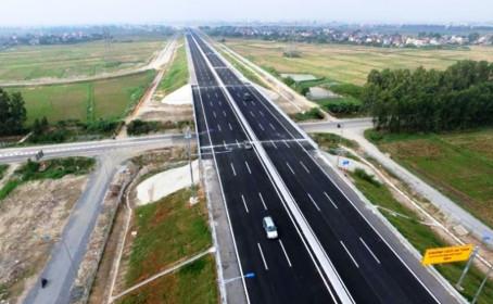 Xem xét điều chỉnh Dự án đường nối cao tốc Nội Bài - Lào Cai đến Sa Pa