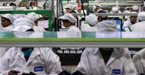 Hơn 100 công nhân Foxconn dương tính Covid-19, sản lượng iPhone của Ấn Độ giảm một nửa