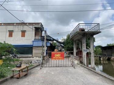 Nam Định phát hiện hai trường hợp dương tính lần 1 với SARS-CoV-2