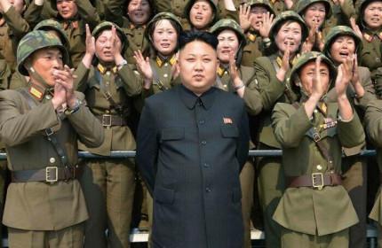 Thế giới tuần qua: Triều Tiên 'miễn nhiễm' với Covid-19, Nga coi Mỹ là quốc gia 'không thân thiện'