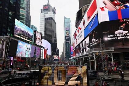 Bloomberg: Nền kinh tế thế giới đột ngột gặp khó khăn về mọi thứ