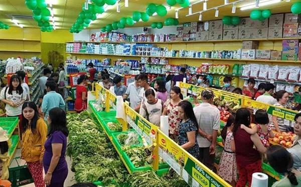 Doanh nghiệp Việt đua nhau tham gia thị trường bán lẻ