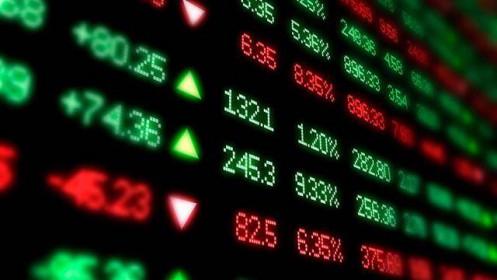 """Nhóm chứng khoán bùng nổ nhờ """"hưởng lộc"""" từ cổ phiếu ngân hàng và thép?"""