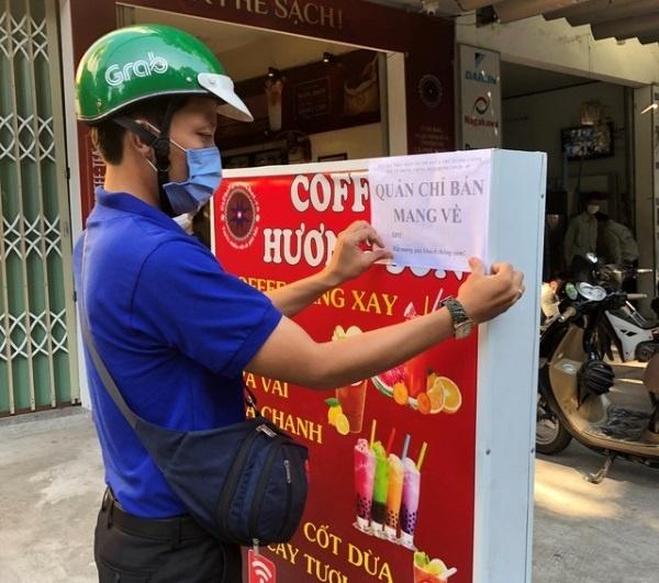 Từ 12h00 ngày 25/5, Hà Nội dừng hoạt động nhà hàng ăn uống tại chỗ, cửa hàng cắt tóc, gội đầu