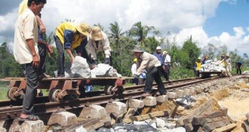 """Tổng công ty Đường sắt bác bỏ cáo buộc giúp """"sân sau"""" trục lợi trong đấu giá"""