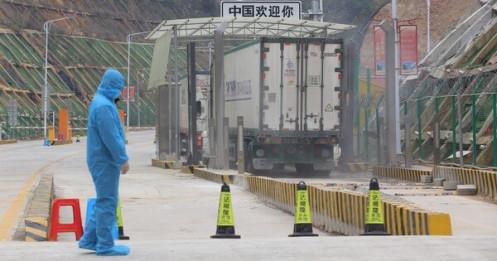 Vải thiều Bắc Giang bán tại Trung Quốc giá 70.000 - 110.000 đồng/kg