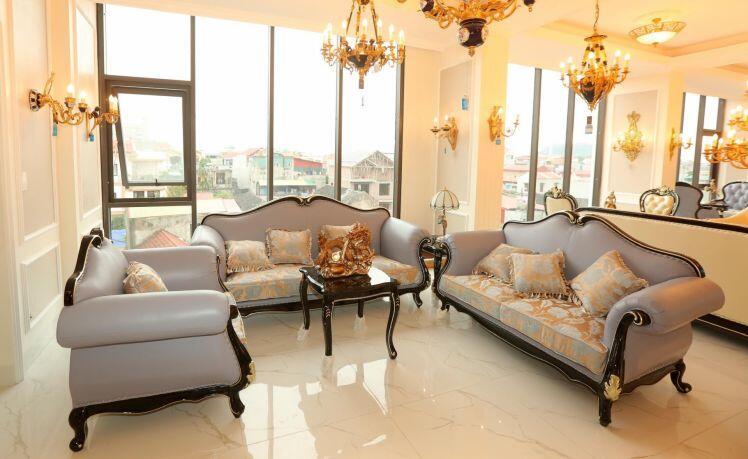 Sốc: 3 căn nhà mặt phố, nội thất đẹp như cung điện được bán với giá 100 triệu đồng/căn