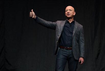 Tỷ phú Jeff Bezos chính thức thông báo từ chức CEO Amazon