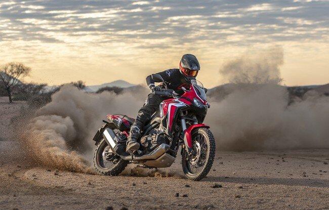 Honda ra mắt mẫu motor 1.000 phân khối, giá gần 700 triệu đồng
