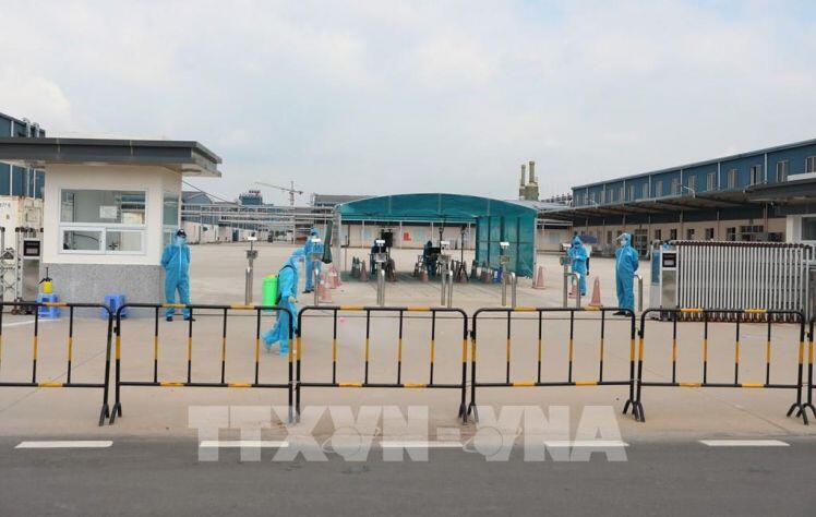 Hai doanh nghiệp trong KCN ở Bắc Giang hoạt động trở lại