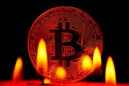 Giá Bitcoin hôm nay 30/5: Thị trường chao đảo, Bitcoin giảm còn 34.000 USD