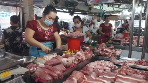 Thị trường thịt heo: Nguồn cung tăng, sức mua giảm