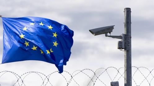Mỹ-châu Âu: Khi đồng minh chưa đủ tin cậy